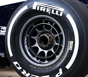 Light alloy RAYS wheel used by Williams F1 in 2013